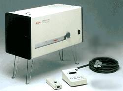 電動式深視力計